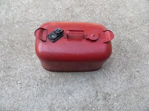 OMC fuel tank 6 gallon with fitting for an outboard motor