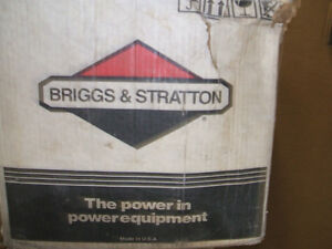 NEW BRIGGS AND STRATTON 12 H.P.LAWN MOWER ENGINE Peterborough Peterborough Area image 6