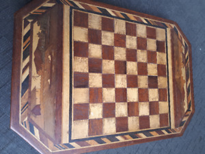 HANDMADE PRIMITIVE MARQUETRY WOOD INLAY CHESS CHECKER BOARD AND