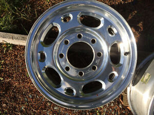 4 stock truck alloy chev or gmc 16 x 7 x 8 stud rims