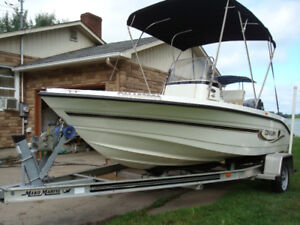 CENTRE CONSOLE 2006 Yamaha 4 STROKE outboard OPEN DECK 17.1 Ft C