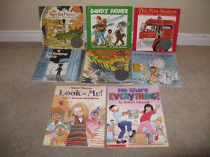 KIDS BOOKS: Robert Munsch books lot of 8