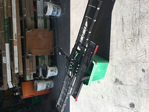 Motorcycle carrier hitch
