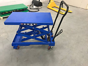 NEW manual mobile hydraulic lift tables with 1100 lb capacity