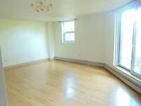 AVAILABLE RIGHT NOW BACHELOR APARTMENT IN THE SOUTH END