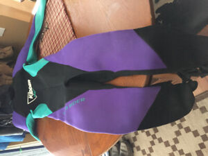 Women's Kidder Wet Suit