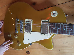 Crafter Les Paul Goldtop Electric Guitar Kitchener / Waterloo Kitchener Area image 3