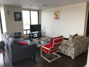 SUBLET 1 Bedroom - $600 - DOWNTOWN DARTMOUTH - March 1st