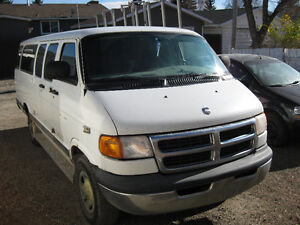 DODGE EXTENTED CARGO VAN 3500,1TON