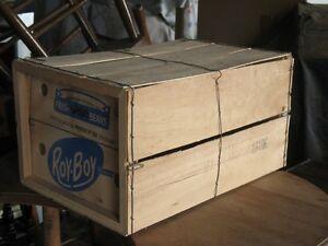boîte en bois très ancienne très propre