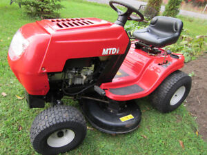 **MTD~TRACTOR ~RIDING MOWER~14.5HP-38 DECK! LIKE NEW!!