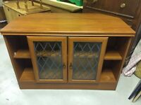 TV UNIT WITH STORAGE / MEDIA CABINET GLASS FRONTED DOORS SHELVES BN9 AREA