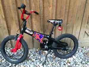 """Boys 16"""" Spider Man Bike"""
