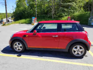 2011 Mini Cooper, Low mileage!!