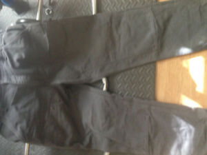 New Carhart pants with double knee protection.