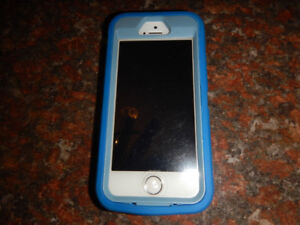iPhone 5S with Otterbox Case