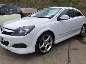 2010 Vauxhall Astra1.9 CDTi SRi 3 door white