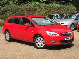 2011 Vauxhall Astra 1.3CDTi 16v ecoFLEX (s/s) Exclusiv Estate Red £20 Road Tax!!