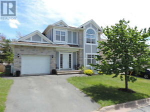 Stunning two Storey family home located in Halifax !!