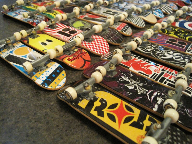 Tech deck limited edition collectors series handboard display deck.