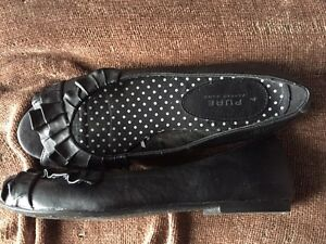 Shoes - women's size 7 Peterborough Peterborough Area image 6