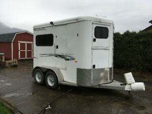 2012 Trails West WB 2-Horse Straight-Load Trailer