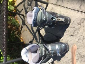 Ski boots ladies size 8 medium width , thermal insulation, LANGE