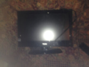 like new tv small great for bedroom come with remote