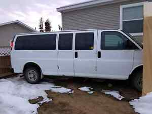 6.0L with 4L80E 2wd trans, comes with 2008 Chev Express 3500