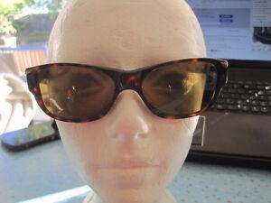 Fossil Unisex Friendly Tortoise Shell UV Polarized Sunglasses