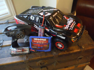 Traxxas Slash 4x4 - Model 68086