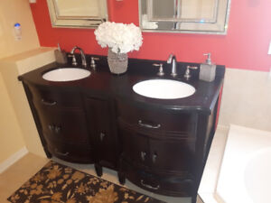 Mint condition vanity for sale