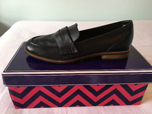 """BRAND NEW Leather """"Seychelles"""" Loafers"""