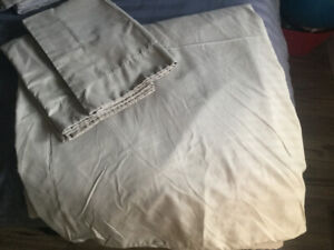 Beige QUEEN size Duvet COVER with 2 Shams