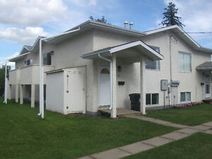 Sexsmith, 2 bedroom, gas fireplace, 5 appliances, deck