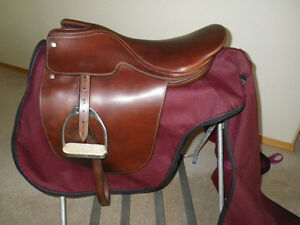 English cutback saddle