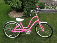 Brand New Electra Townie Ladies Bike!!