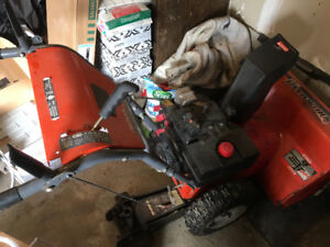 Tecumseh snow blower gas powered with electric push/pull start