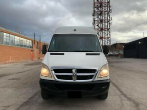 2007 Dodge Sprinter 2500- Extended Long Great condition 13000$