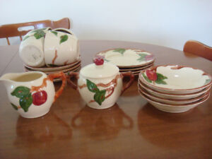 Francisian  4  place  setting  dishes