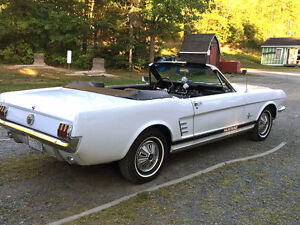 1966 Ford Mustang Convertable