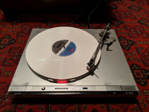 JVC vintage turntable / record player