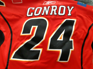 Flames xxl signed Craig Conroy jersey