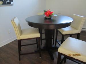 Ensemble de table bistro neuf de maison modèle à 65% rabais