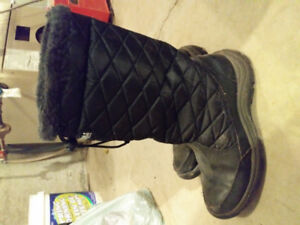 Storm Winter boots by Cougar