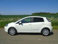 FIAT PUNTO 1.2 8v EASY 5DR WHITE - IDEAL 1ST CAR - HUGE SPEC - FULL FIAT HISTORY