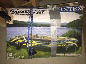 Seahawk - 4 person boat