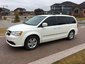 2011 Dodge Grand Caravan Minivan, Van 7.950 $