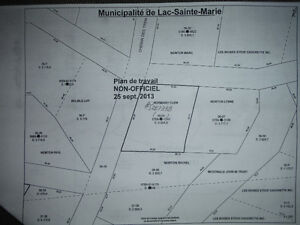 1 acre lot in Municipalite de Lac Saint-Marie