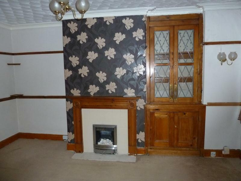 2 bedroom house in Compton Crescent, Harehills, LS9